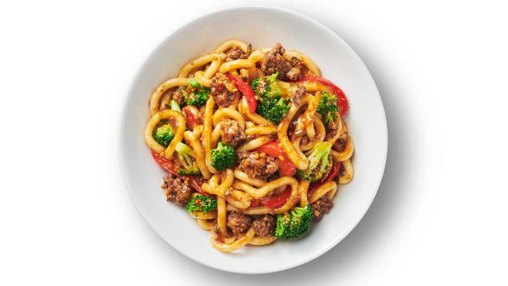 Good Food. Real Results.™ Ground Beef & Udon Noodle Stir-Fry